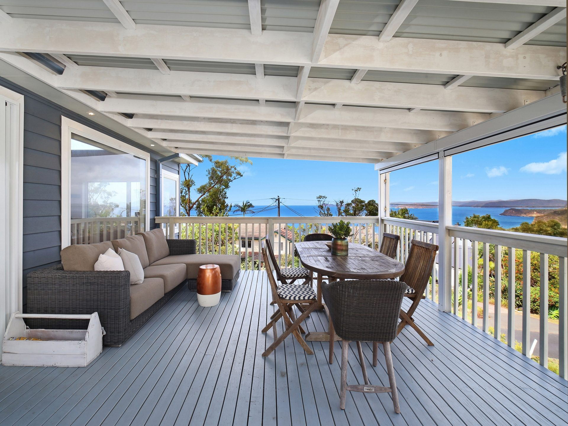 Coastal Ambiance with Views  - Linen included